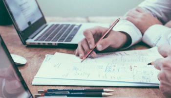expert seo faites appel à un spécialiste du référencement en Bretagne
